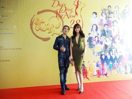 Chuong trinh Duyen dang Viet Nam 28 dam da sac xuan tai ngo khan gia - Anh 6