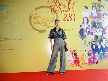 Chuong trinh Duyen dang Viet Nam 28 dam da sac xuan tai ngo khan gia - Anh 8