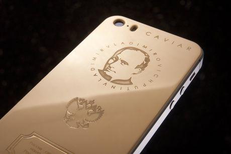 iPhone 7 vang khac chan dung Donald Trump gia 3.000USD - Anh 2