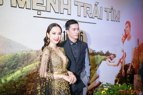 Angela Phuong Trinh goi cam du ra mat 'Su menh trai tim' - Anh 1