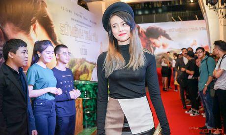 Angela Phuong Trinh goi cam du ra mat 'Su menh trai tim' - Anh 7