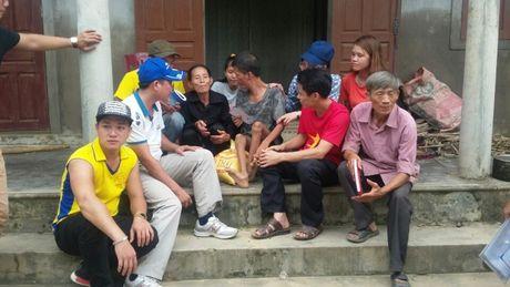 Can bo, nhan vien, CNLD KCN Quang Minh huong ve dong bao mien Trung - Anh 6