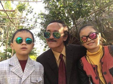 Cuoc song vui thu dien vien cua Giang coi voi 2 con nho - Anh 17