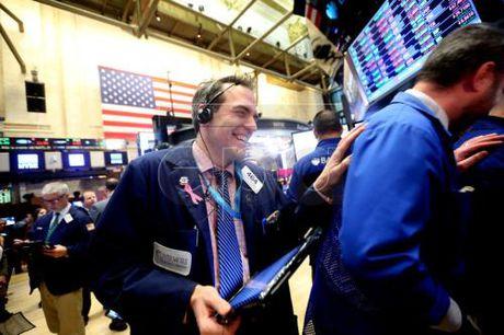 Chi so Dow Jones lap ky luc cao moi sau cuoc bau cu o My - Anh 1