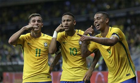 Brazil 3-0 Argentina: Neymar dai thang khi doi dau Messi - Anh 3