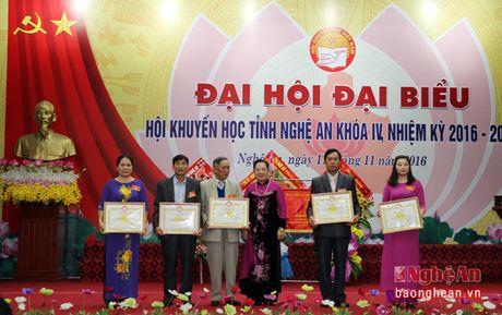 Ong Tran Xuan Bi tai dac cu Chu tich Hoi Khuyen hoc tinh Nghe An - Anh 6