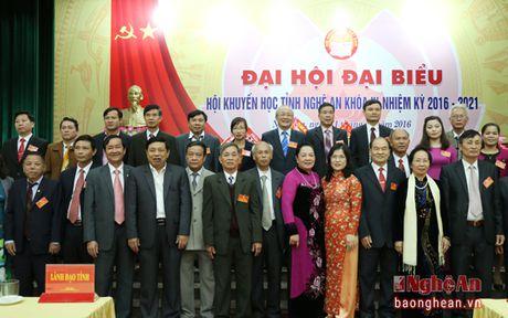 Ong Tran Xuan Bi tai dac cu Chu tich Hoi Khuyen hoc tinh Nghe An - Anh 8