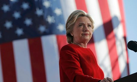 Hillary Clinton thang Donald Trump ve phieu pho thong - Anh 1
