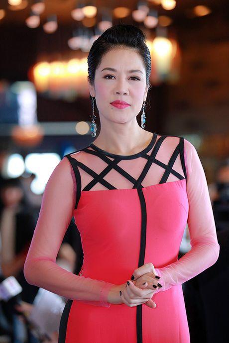 Thu Phuong hoi hop den 'nghet tho' khi lan dau duoc hat nhac Pho Duc Phuong - Anh 4