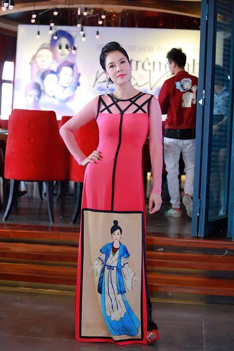 Thu Phuong hoi hop den 'nghet tho' khi lan dau duoc hat nhac Pho Duc Phuong - Anh 5