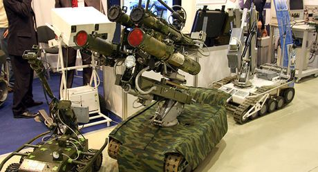 Nga thu nghiem robot trang bi sung phong luu bao ve ten lua chien luoc - Anh 1
