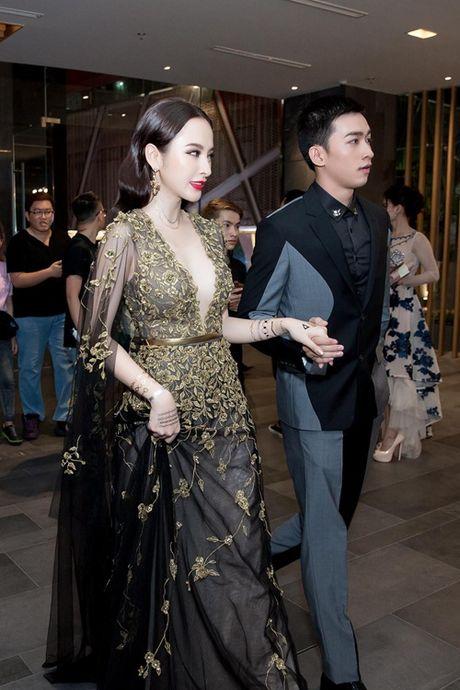 Vo Canh va Angela Phuong Trinh nam chat tay nhau khong roi - Anh 3