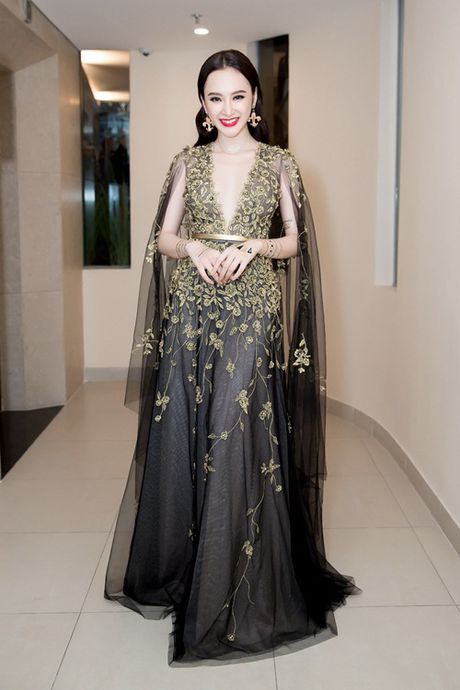 Vo Canh va Angela Phuong Trinh nam chat tay nhau khong roi - Anh 7