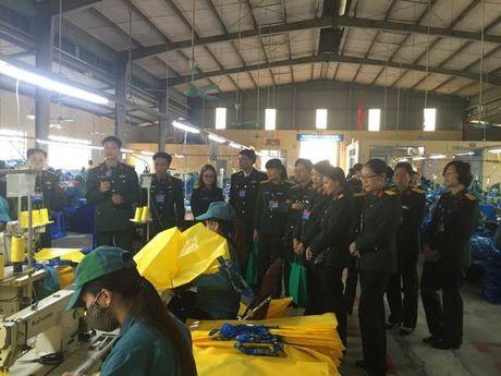 Ban Cong doan Quoc phong so ket 5 nam thuc hien cong tac chinh sach - xa hoi trong CD Quan doi - Anh 1