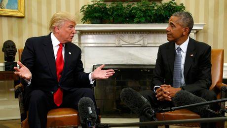 Nhung khoanh khac doi mat kho xu giua ong Trump va ong Obama - Anh 5