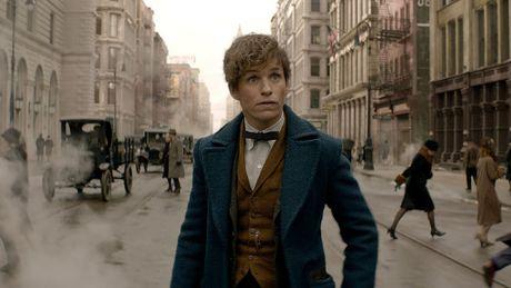 Gioi tinh that cua Albus Dumbledore duoc xac nhan trong ngoai truyen 'Harry Potter' - Anh 2