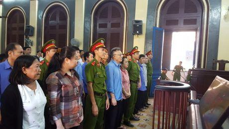 Tuyen an vu hai quan tiep tay doanh nghiep lua thue - Anh 1