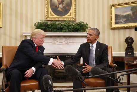 Bi de doa am sat, Trump duoc bao ve bang 'vung cam bay' - Anh 8