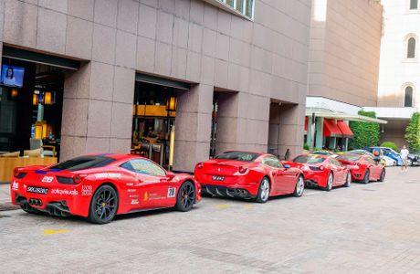 Dai gia Singapore chi bao nhieu tien de so huu Ferrari - Anh 4