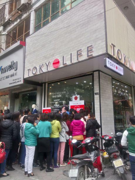TokyOlife khai truong, pho Chua Boc un tac - Anh 2