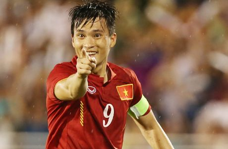 Cong Vinh tru um Thai Lan truoc them AFF Cup 2016 - Anh 1