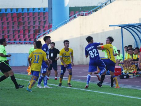 Ha Noi T&T, Than Quang Ninh tich cuc 'san' ngoai binh - Anh 1