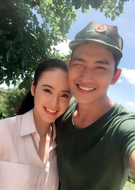 Nguoi tinh tren phim va ngoai doi trai nguoc cua Angela Phuong Trinh - Anh 2