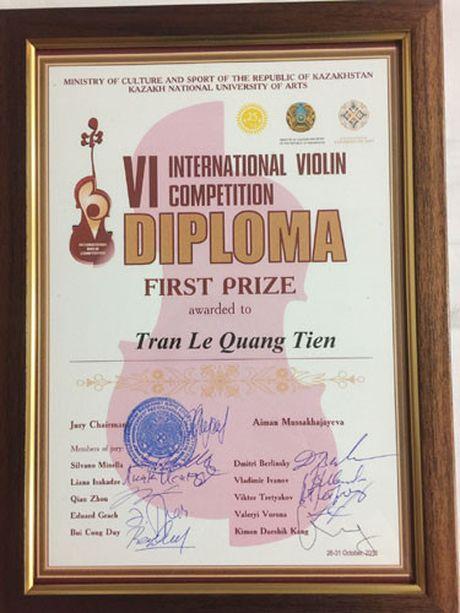 Cau be 14 tuoi Viet Nam nhan giai Nhat cuoc thi Violin quoc te - Anh 2