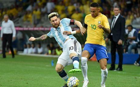 Chum anh: Neymar 'an ui' Messi sau tran Brazil 3-0 Argentina - Anh 6