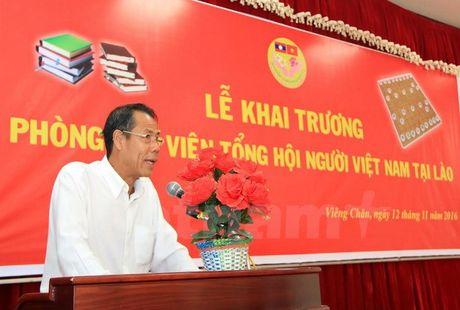 Khai truong thu vien tai Tru so Tong hoi nguoi Viet Nam tai Lao - Anh 2