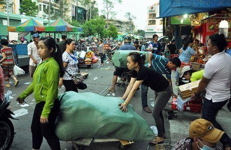 Tieu thuong hoi ha doi cho co lon nhat Sai Gon - Anh 7