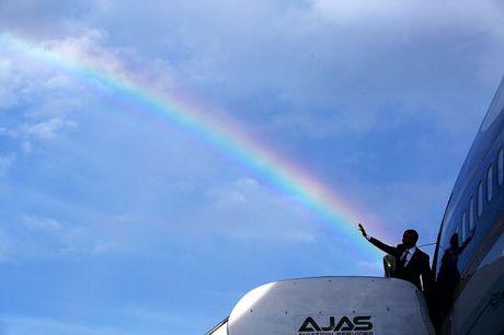 Khoanh khac dep nhat cua Obama suot 8 nam qua - Anh 20