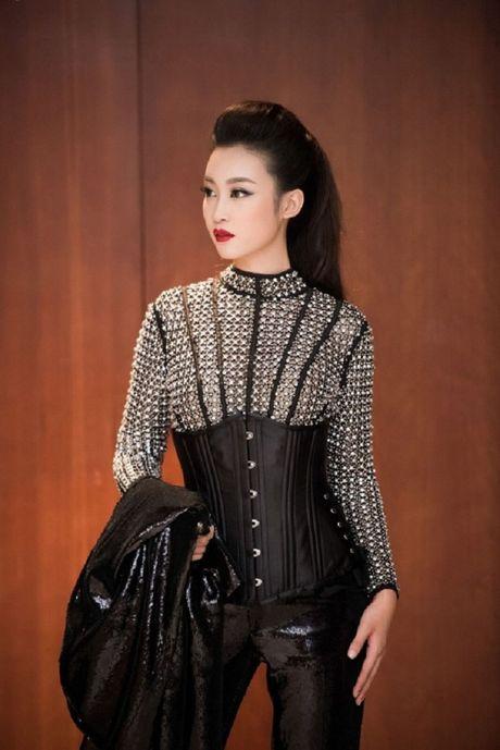 My nhan Viet ru nhau khoe eo thon-dang nuot voi corset - Anh 14
