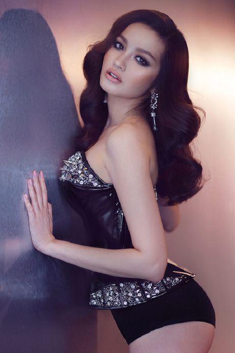 My nhan Viet ru nhau khoe eo thon-dang nuot voi corset - Anh 17
