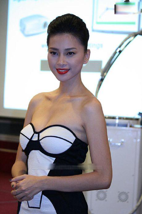 My nhan Viet ru nhau khoe eo thon-dang nuot voi corset - Anh 1