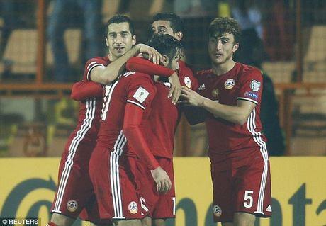 Mkhitaryan tro lai giup Armenia nguoc dong kho tin tai vong loai World Cup 2018 - Anh 1