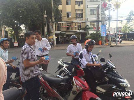 Chay ve xem Cong Phuong, Xuan Truong tren san Can Tho - Anh 2
