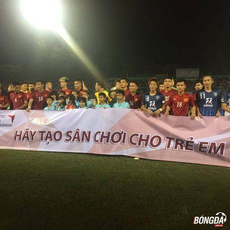 HLV Avispa Fukuoka FC hoi mua tuyen thu Viet Nam - Anh 2