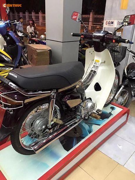 Honda Dream II gia 350 trieu tai Viet Nam la 'hang dung'? - Anh 2