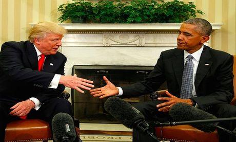Tong thong dac cu Donald Trump se khong bai bo dao luat Obamacare? - Anh 1