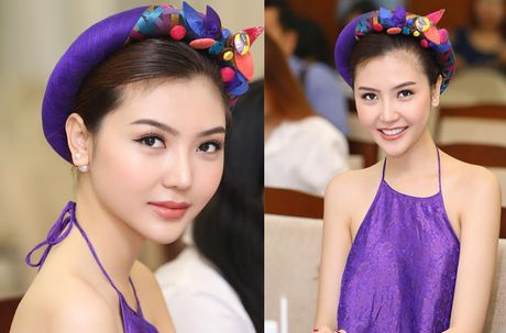 Hoa hau Ngoc Duyen dien ao yem goi cam di su kien - Anh 3