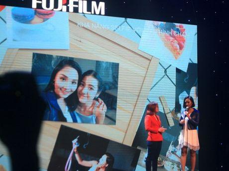 Fujifilm X-A3 thoi trang, ca tinh voi gia ban gan 14 trieu dong - Anh 2