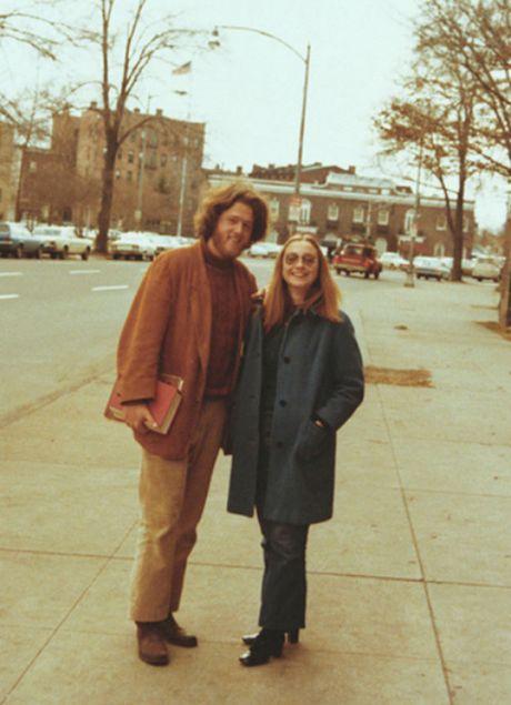 O tuoi xe chieu, Hillary van la 'co gai' nho cua Bill Clinton - Anh 1