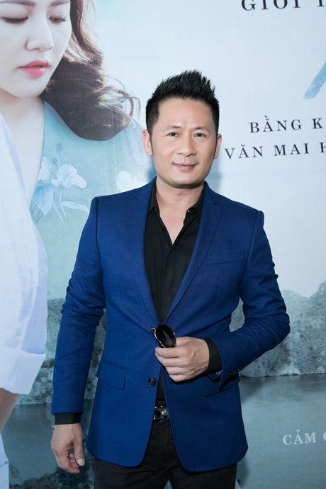 Bang Kieu va Huong Giang Idol 'chat chem' nhau giua hop bao - Anh 1
