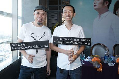 Bang Kieu va Huong Giang Idol 'chat chem' nhau giua hop bao - Anh 5