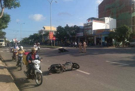 Tin nong moi nhat ngay 12/11: Khoi to 3 bi can vu chay Tran Thai Tong - Anh 2