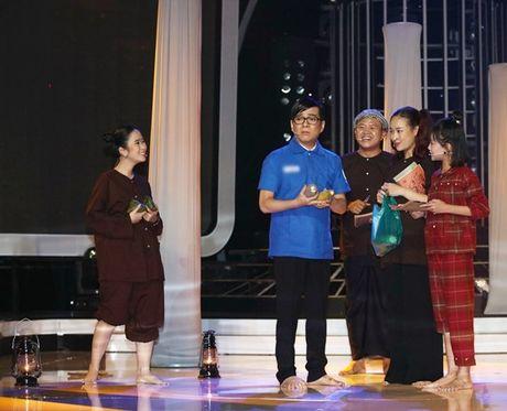 'Guong mat than quen nhi': Vu Ha gay xuc dong khi hoa vai Minh Thuan - Anh 1