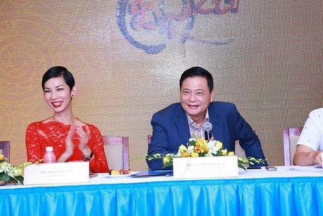 'Nu hoang sac dep' Ngoc Duyen lan dau tham du 'Duyen dang Viet Nam' - Anh 2