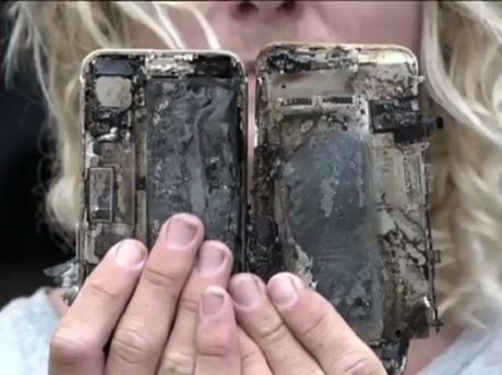 iPhone 7 Plus phat no sau khi bi roi - Anh 3