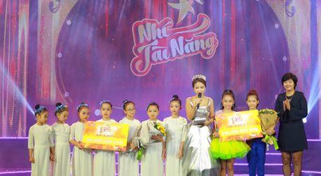 Nhu Minh - Ha My dang quang 'Nhi tai nang 2016' - Anh 1